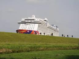 Kreuzfahrtschiff Überführung im Nordwesten