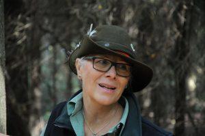Waldpädagogin Petra Prins aus Rhauderfehn